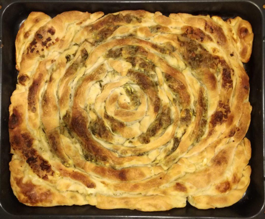 Burek, Danie albańskie, albański burek, albańskie potrawy, smaki Albanii, kuchnia Albanii, bałkańska kuchnia, bałkańskie smaki