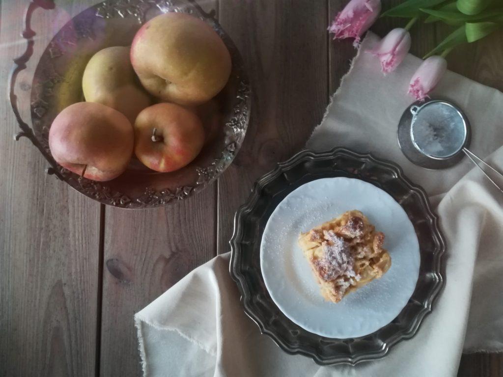 radoczański jabłecznik, szarlotka z Radoczy, produkt tradycyjny Małopolski, szarlotka z Małopolski, ciasto z jabłkami, lista produktów tradycyjnych, produkt tradycyjny Stowarzyszenia Doliny Karpia
