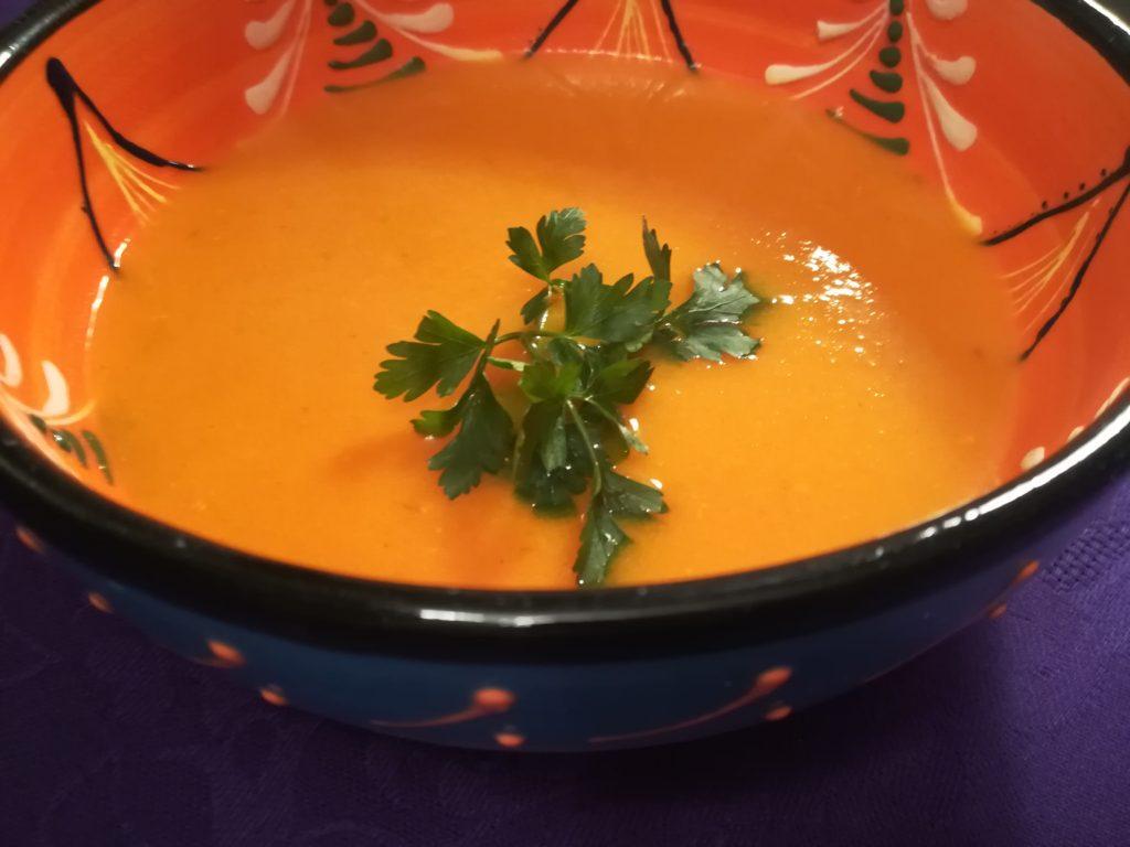 Pieczona zupa z dyni, najlepsza zupa z dyni, zupa z dyni i jabłek, korzenna zupa z dyni