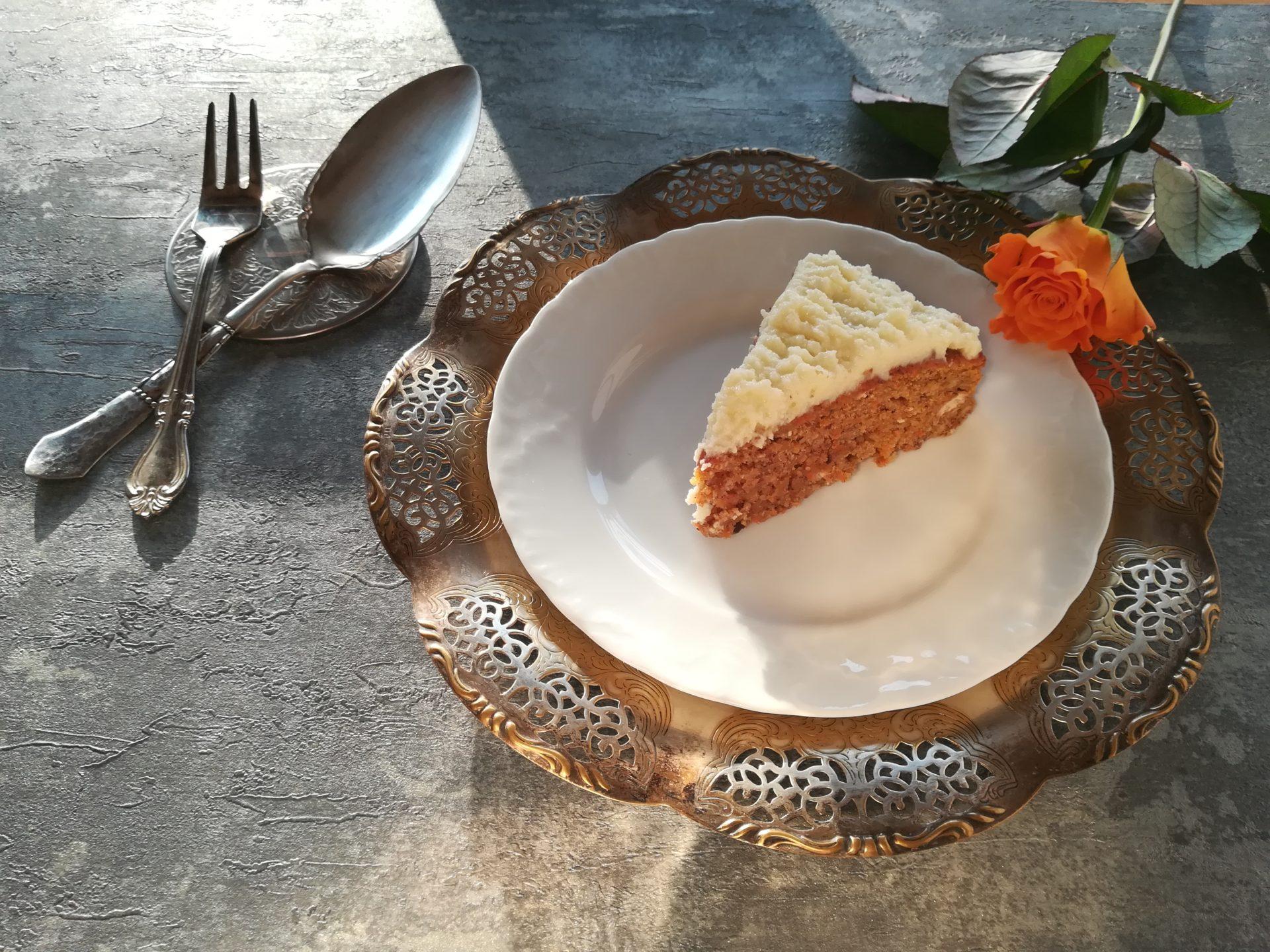 Le cordon bleu, marchewkowiec, najlepsze ciasto marchewkowe, ciasto marchewkowe z imbirem