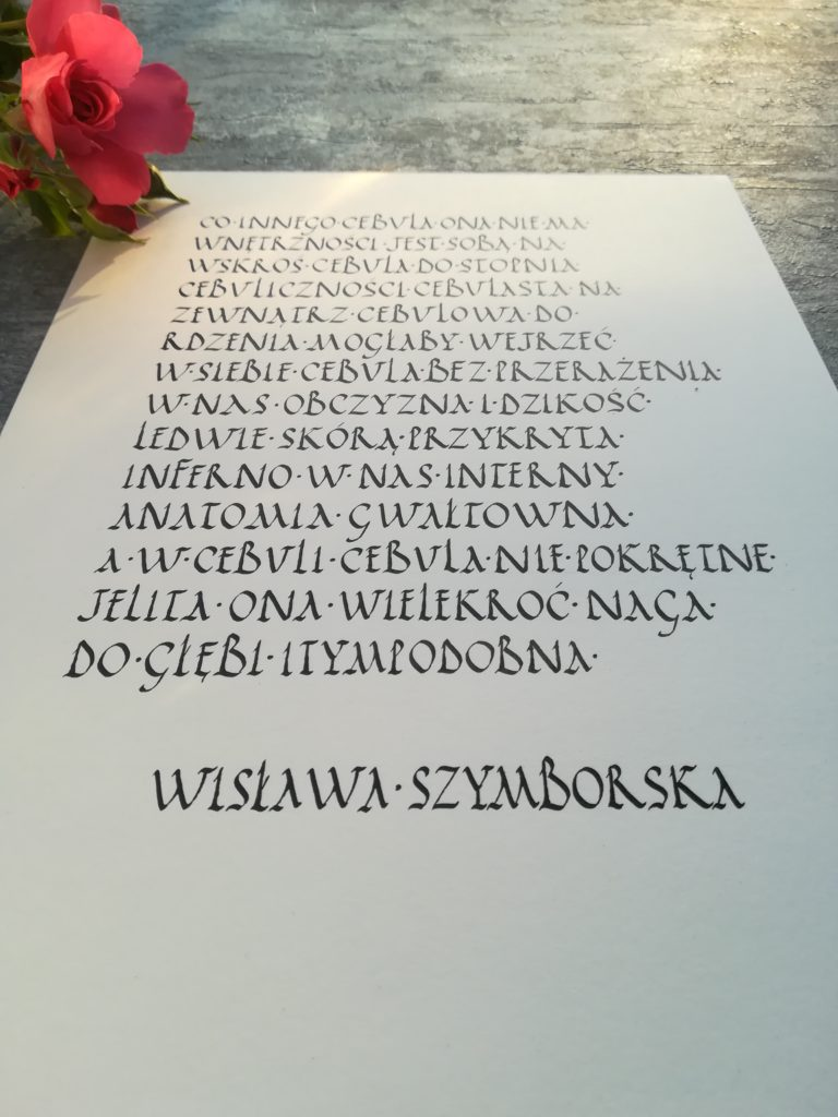 Wisława Szymborska wiersze, Wisława Szymborska Cebula, co innego cebula, ona nie ma wnętrzności, cebula kaligrafia, wiersze W. Szymborskiej, calligraphy, letterings, handlettering, passion, Polish poems