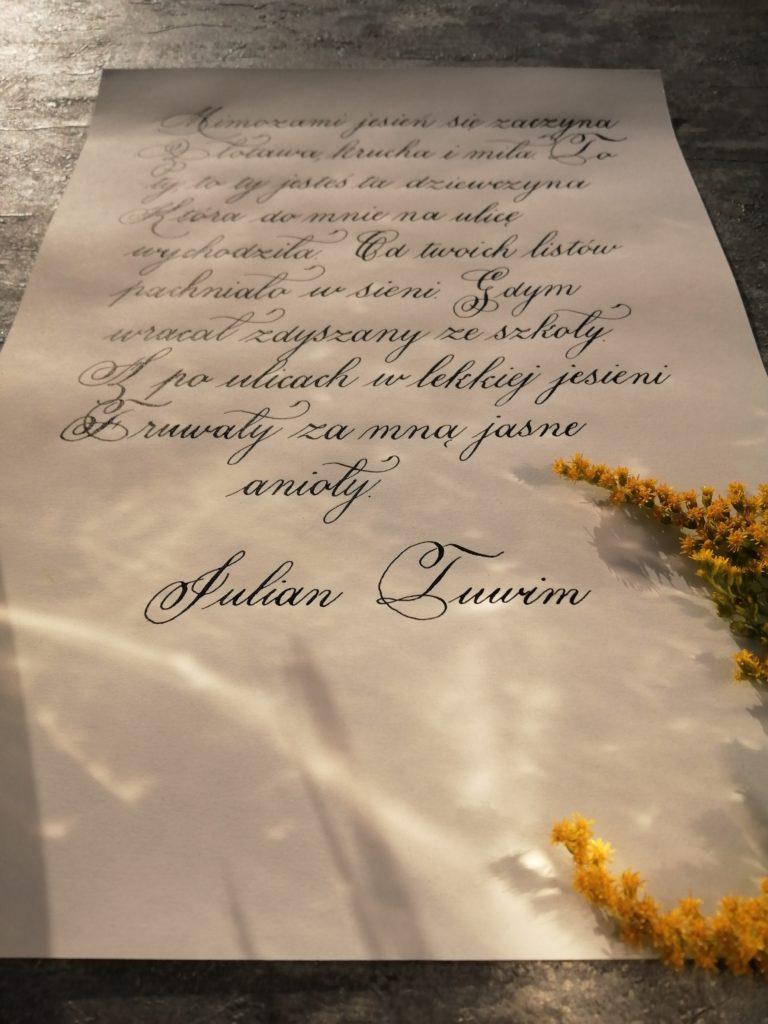 jesień, Julian Tuwim wiersze, wiersze jesienne, impresje jesienne, polska poezja, Polish poems, food blogger, passion, handlettering, calligraphy, calligraphy love, letterings, I love calligraphy, goldenrod