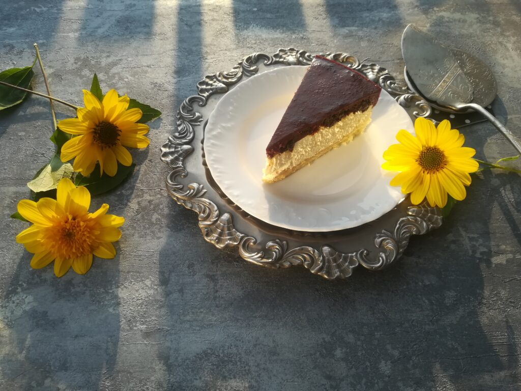 ciasto ze śliwkami kalifornijskimi, ciasto imieninowe, pomysły na ciasta, sprawdzone przepisy na ciasta, przepisy kół gospodyń wiejskich, koło gospodyń wiejskich kokotów